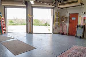 loading-area
